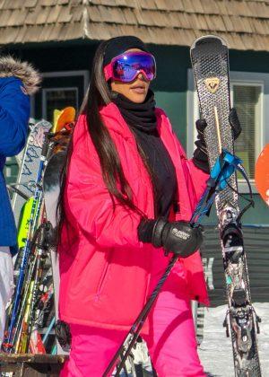 Kim Kardashian - Hitting the slopes in Aspen
