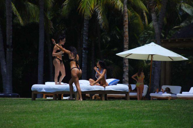 Kim Kardashian in Bikini 2017 -01