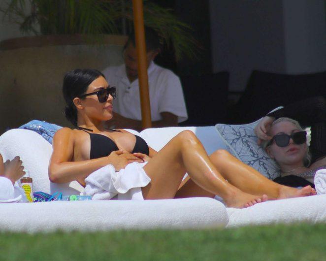 Kim Kardashian in Bikini 2017 -16