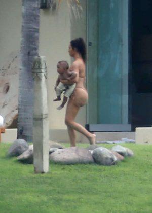 Kim Kardashian in Bikini 2016 -01