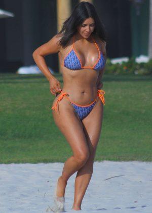 Kim Kardashian In Bikini 2017 09 Gotceleb
