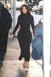 Kim Kardashian in Black Dress - Leaving for the New York Time Dealbook Conference in New York
