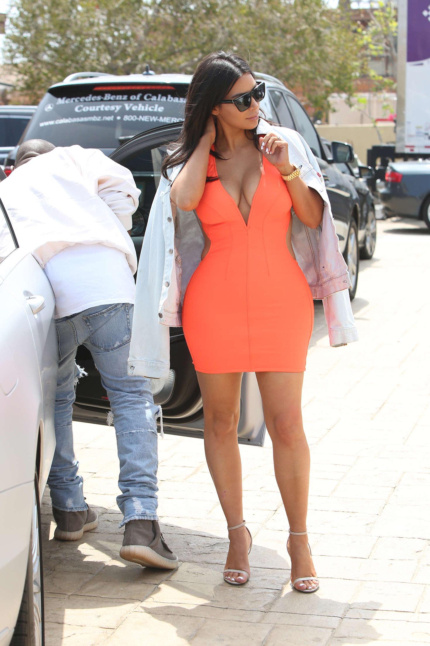 Kim Kardashian In Tight Mini Dress 02 Gotceleb