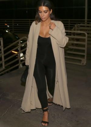 Kim Kardashian in Tights Arrives to Las Vegas Hotel