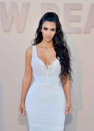 Kim Kardashian - KKW Beauty Fan Event in Los Angeles