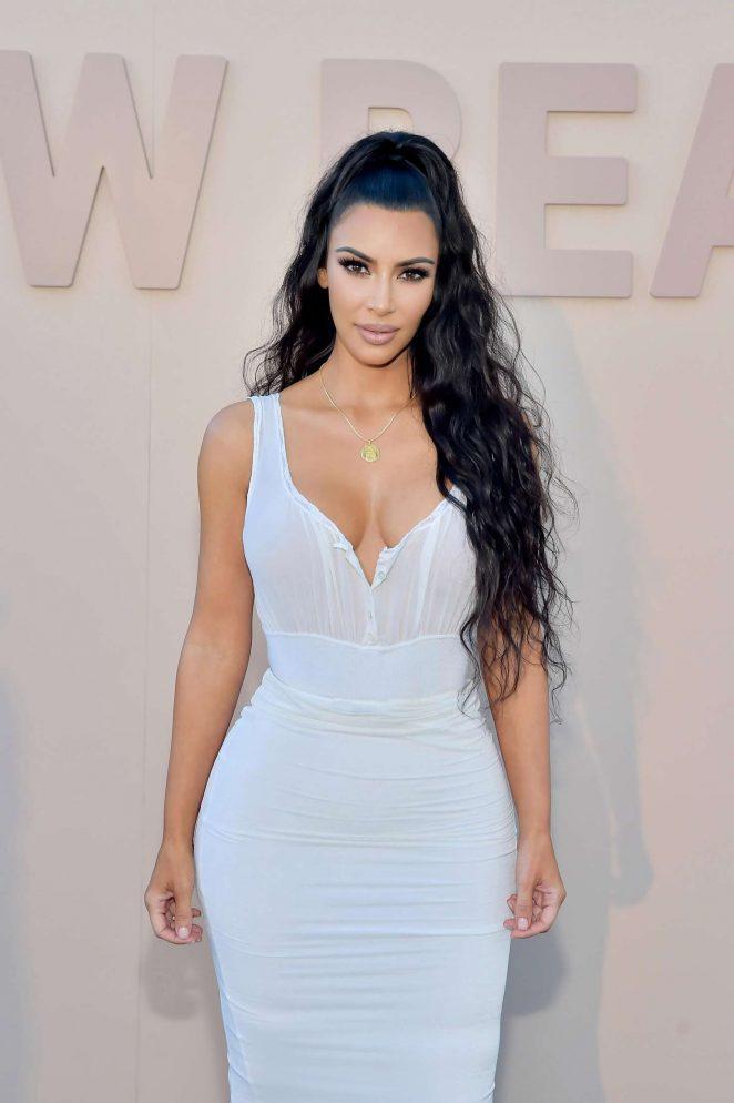 Kim Kardashian – KKW Beauty Fan Event in Los Angeles