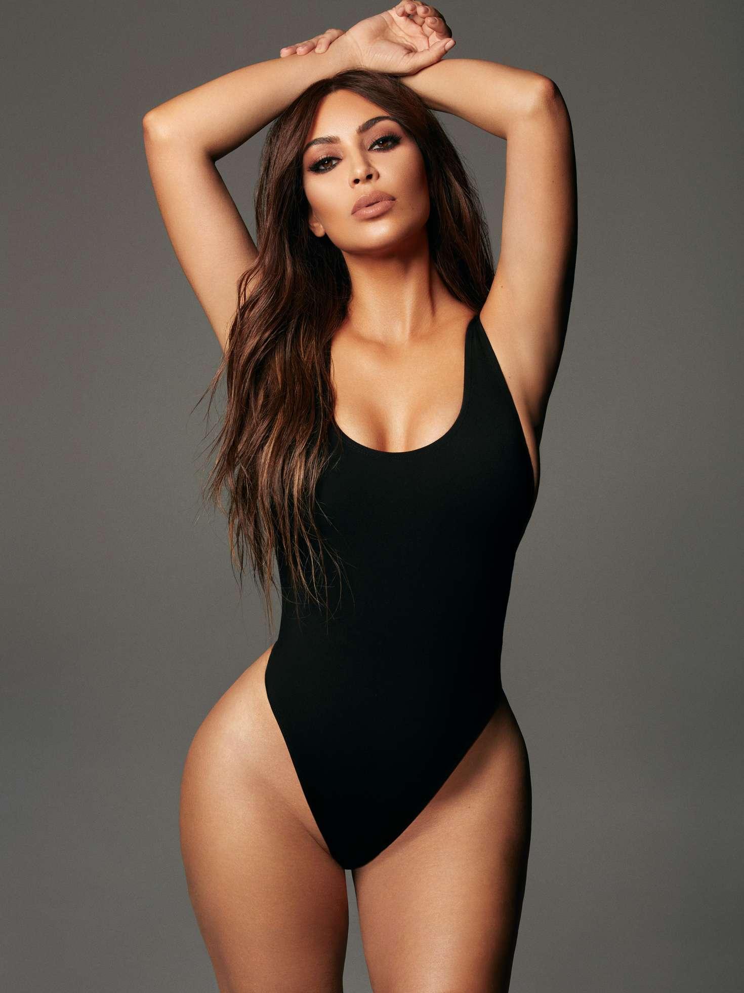 Kim Kardashian - KKW x Mario by Greg Swales 2018