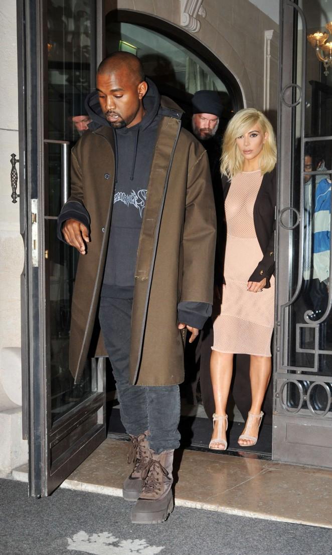 Kim Kardashian Lanvin Fashion Show 2015 08 Gotceleb