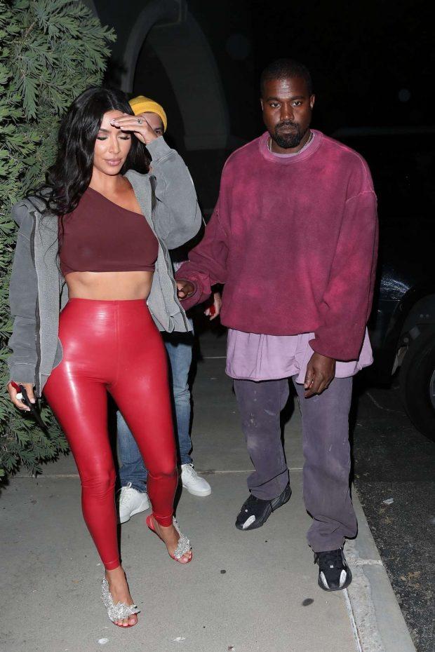 Kim Kardashian: Leave Travis Scotts Birthday party -04