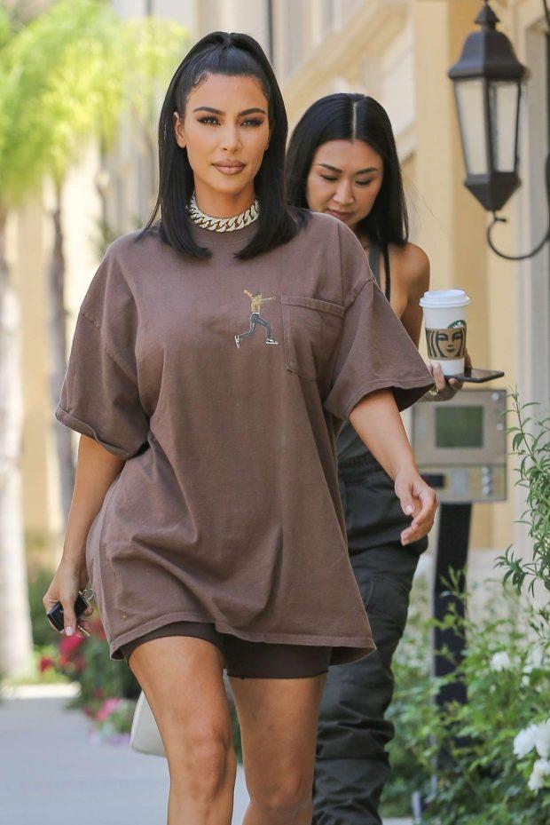 Kim Kardashian - Leaves a meeting in Calabasas