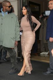 Kim Kardashian - Leaves her hotel and heads to the SKIMS launch event in NY
