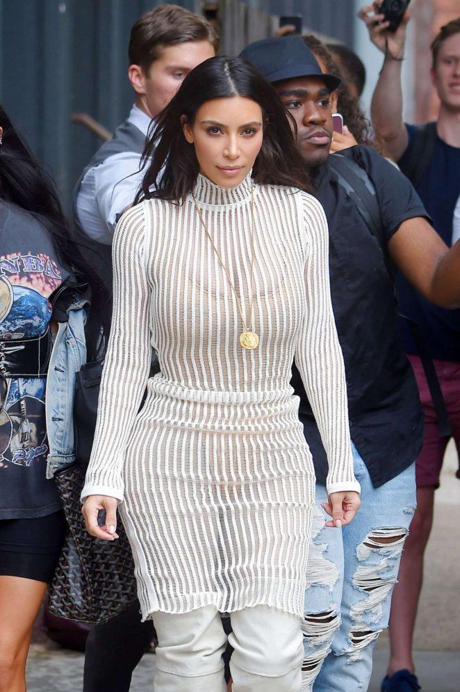 Kim Kardashian Leaves Her Hotel in New York