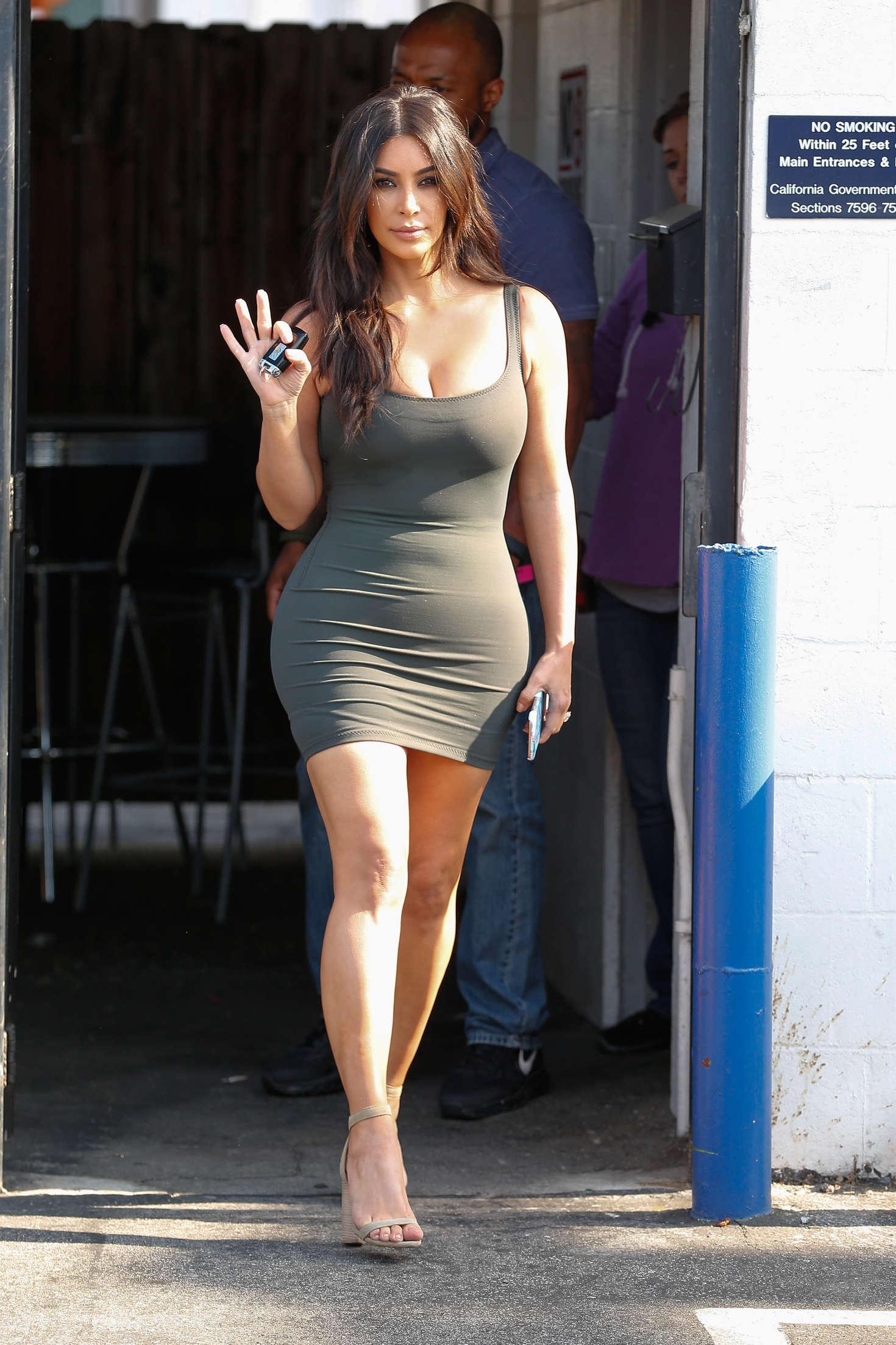 Kim Kardashian In Tight Short Dress -07  Gotceleb-5810