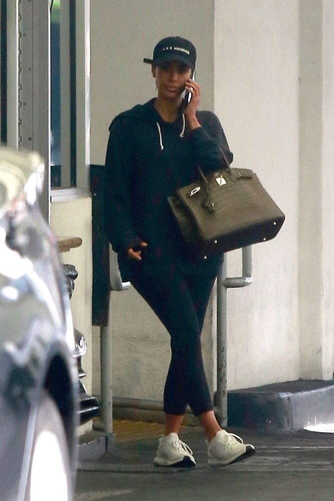 Kim Kardashian - Leaving dermatologist in LA