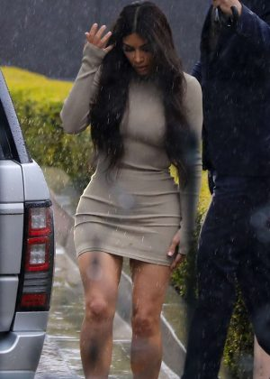 Kim Kardashian - Leaving Khloe Kardashian's baby shower in Beverly Hills