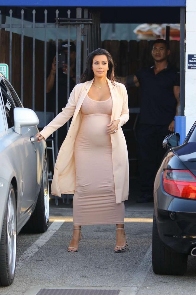 Kim Kardashian – Leaving Studio in Sherman Oaks