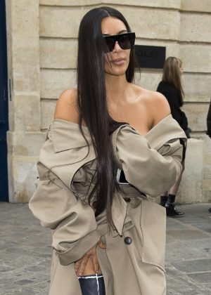 Kim Kardashian Leaving the Mugler offices in Paris