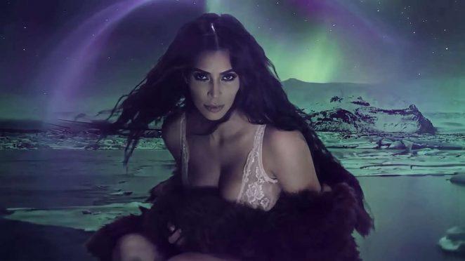 Kim Kardashian - LOVE Advent 2016