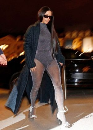 Kim Kardashian - Nighout in Paris