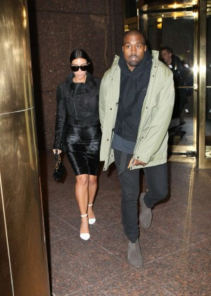 Kim Kardashian in Black Dress -06