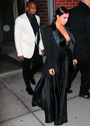 Kim Kardashian in Black Dress -11