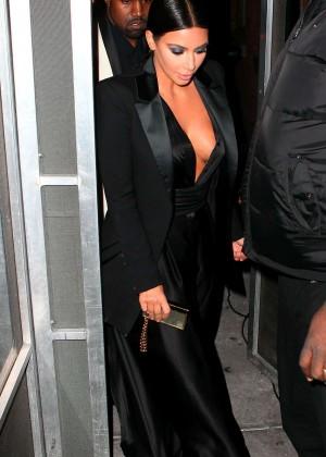 Kim Kardashian in Black Dress -14