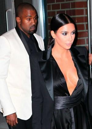 Kim Kardashian in Black Dress -34