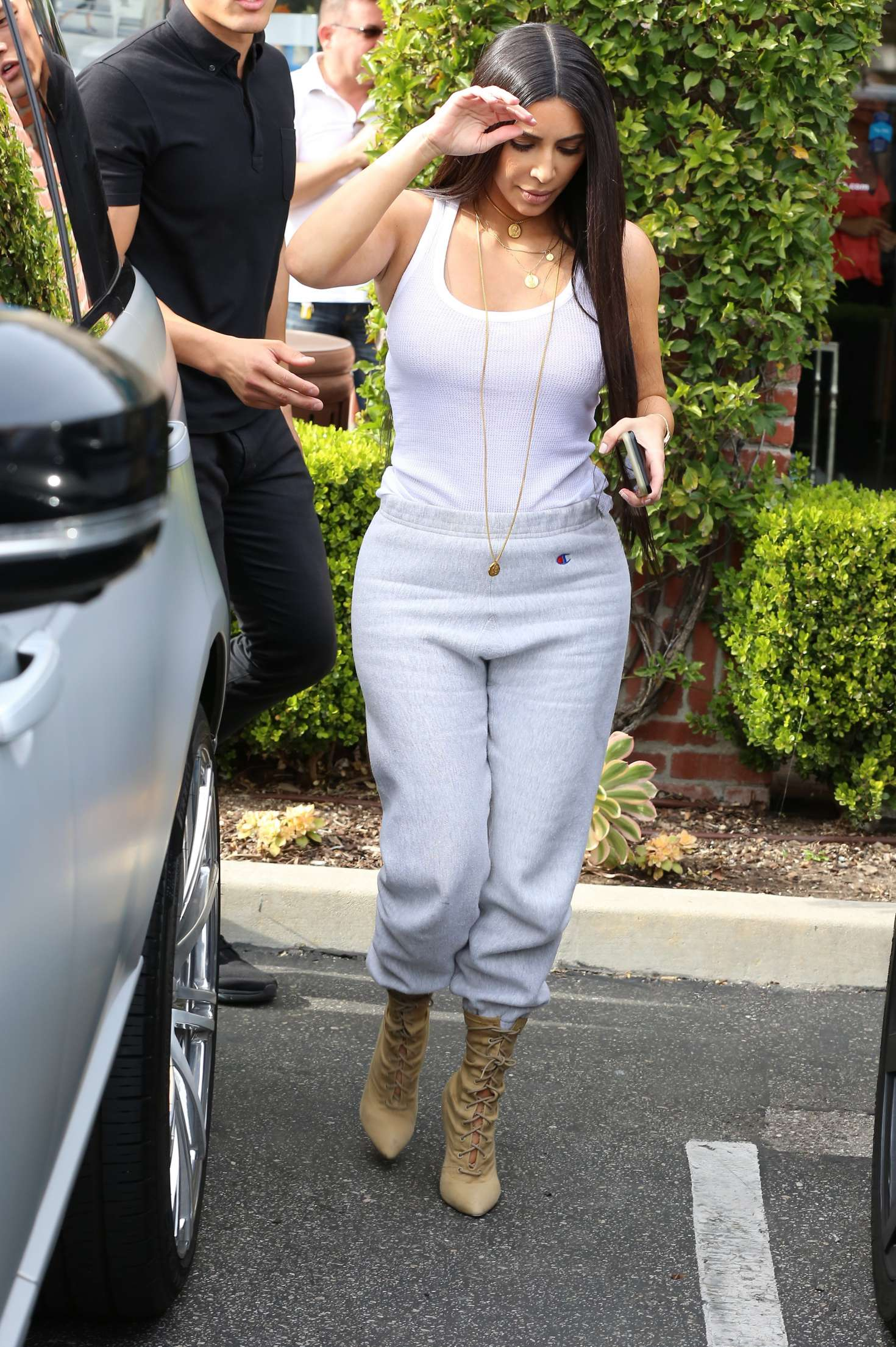 Kim Kardashian Out And About In Calabasas Indian Girls Villa Celebs Beauty Fashion And