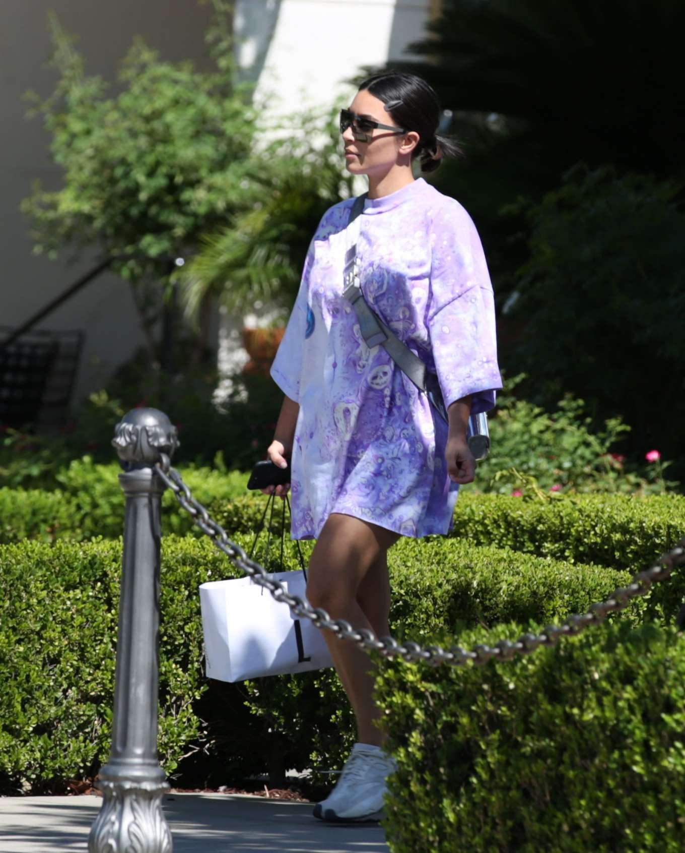 Kim Kardashian 2019 : Kim Kardashian – Out and about in Malibu-11