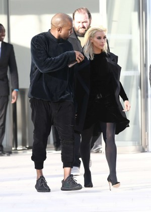 Kim Kardashian Debuts Blonde Hair -01