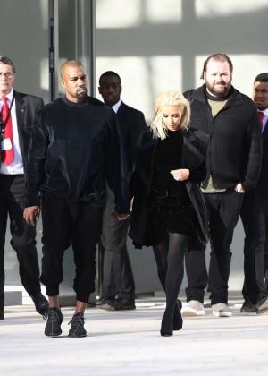 Kim Kardashian Debuts Blonde Hair -06
