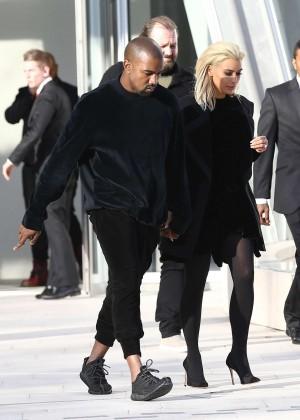 Kim Kardashian Debuts Blonde Hair -08