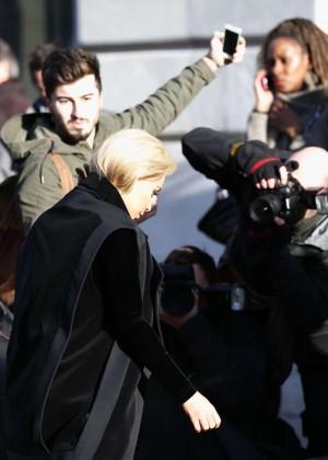 Kim Kardashian Debuts Blonde Hair -16