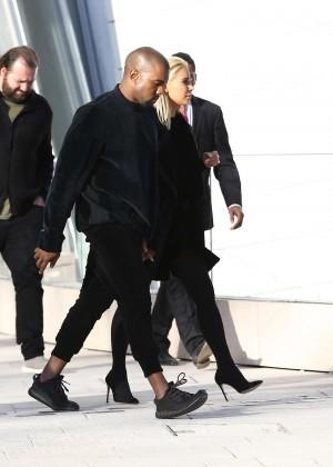 Kim Kardashian Debuts Blonde Hair -18