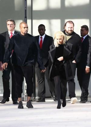 Kim Kardashian Debuts Blonde Hair -36