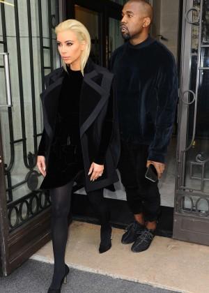 Kim Kardashian Debuts Blonde Hair -38