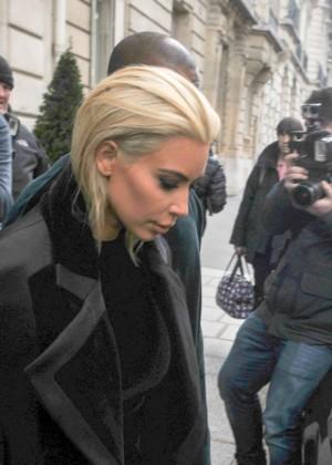 Kim Kardashian Debuts Blonde Hair -45