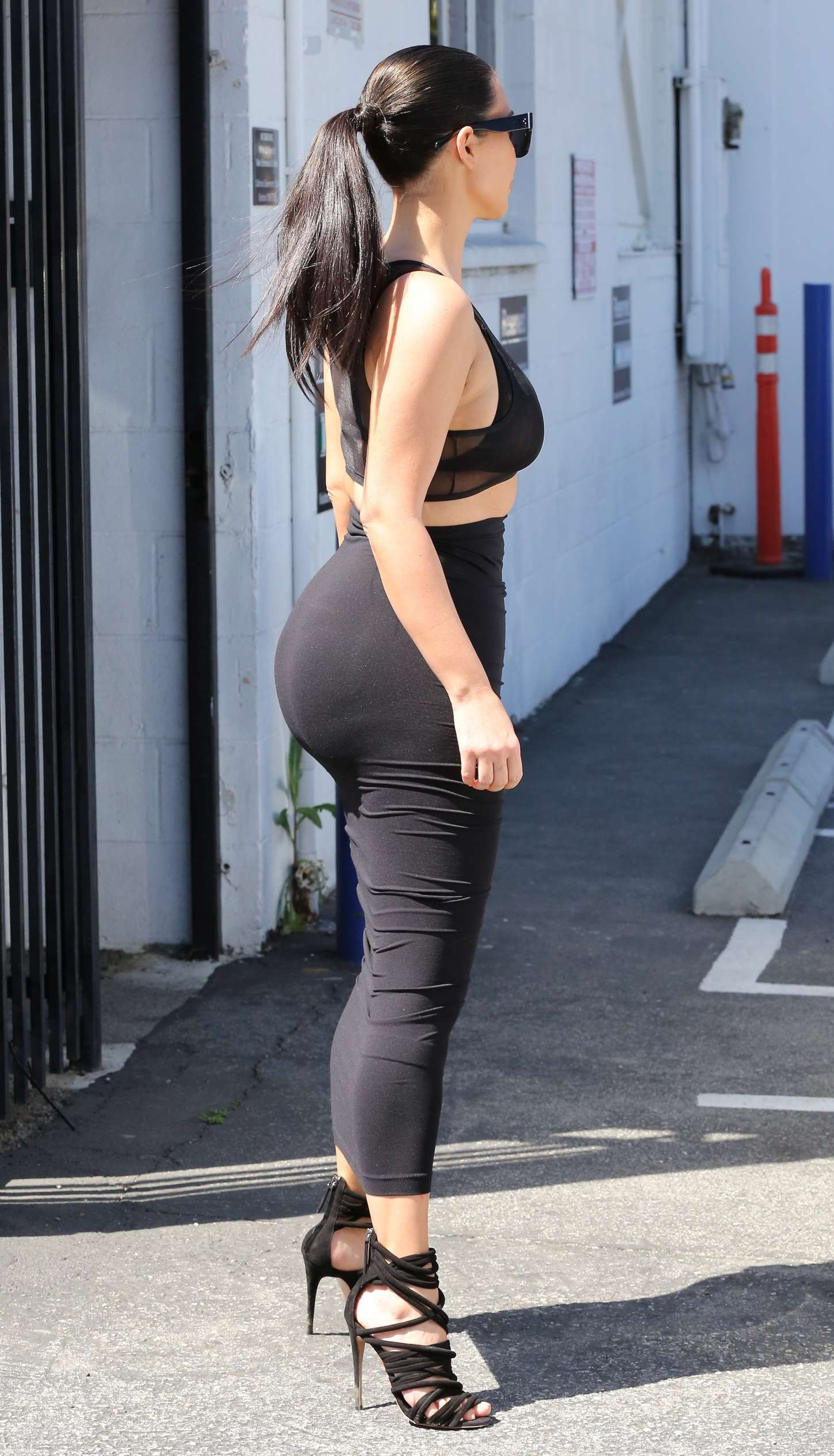 kim kardashian big ass nude