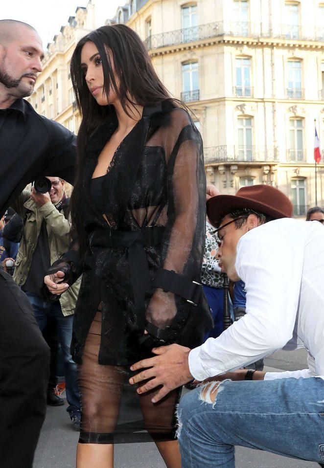 Kim Kardashian out in Paris
