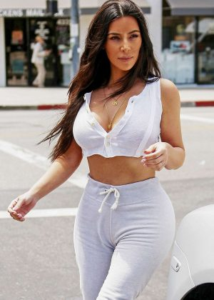 Kim Kardashian - Out in Sherman Oaks