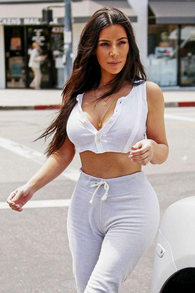 Kim Kardashian - Out in Sherman Oaks