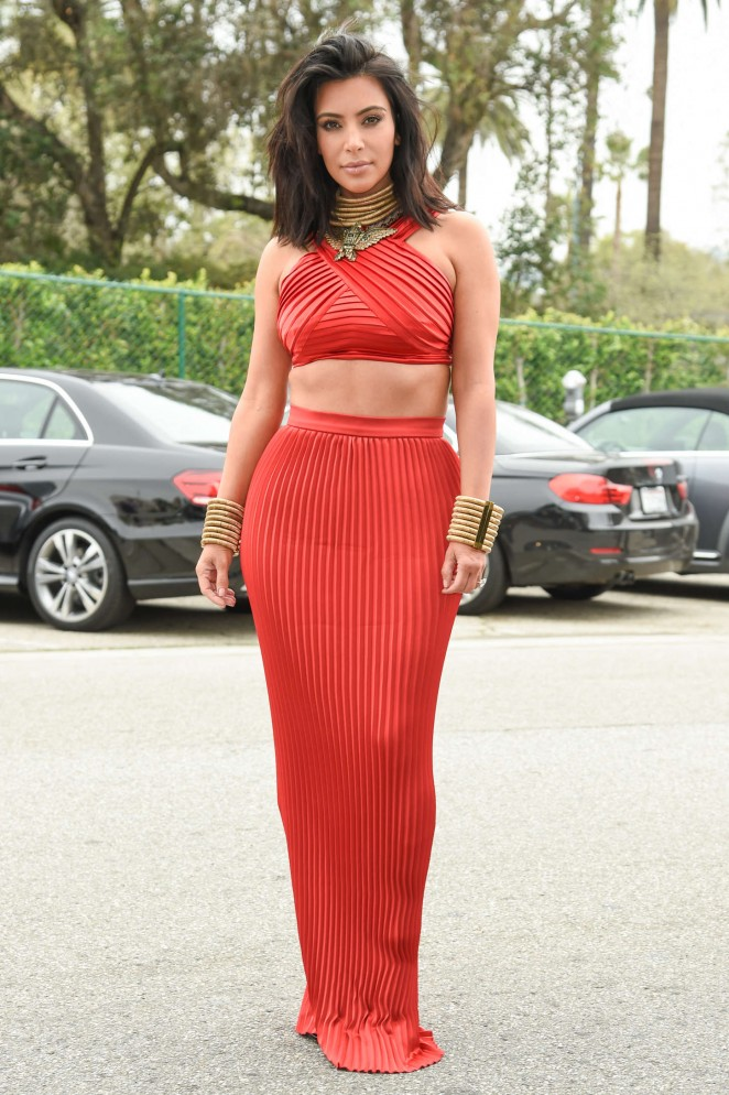 Kim Kardashian – Roc Nation Pre-GRAMMY Brunch in Beverly Hills