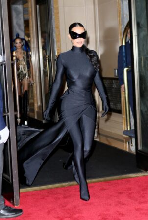 Kim Kardashian - Seen after the Met Gala at Cathedrale restaurant in New York