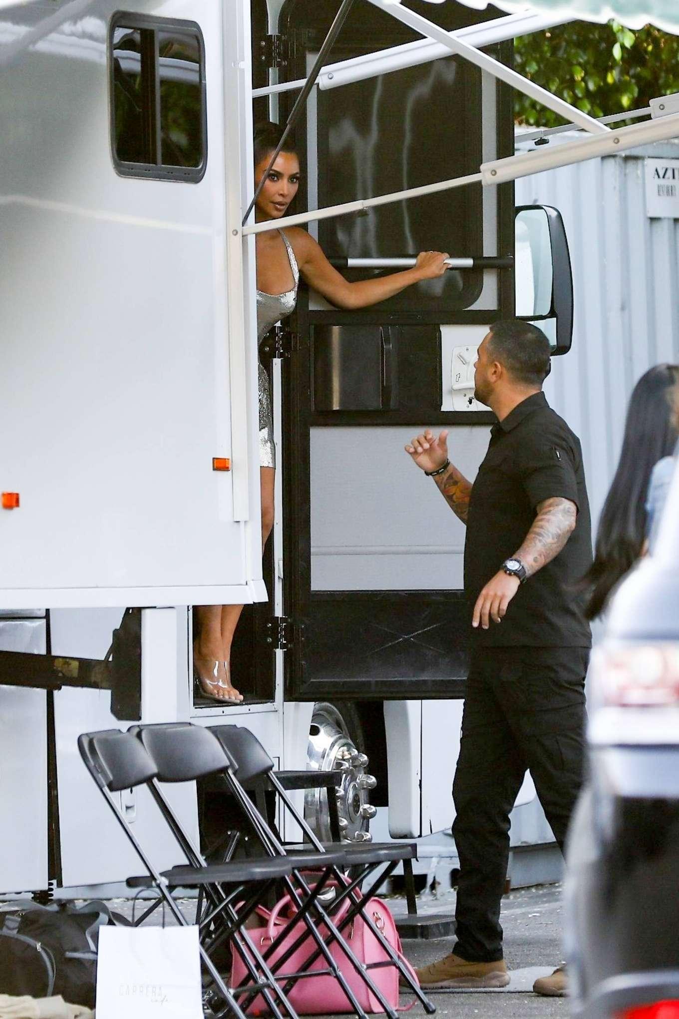 Kim Kardashian 2019 : Kim Kardashian: Seen at Paris Hiltons video shoot in West Hollywood-01