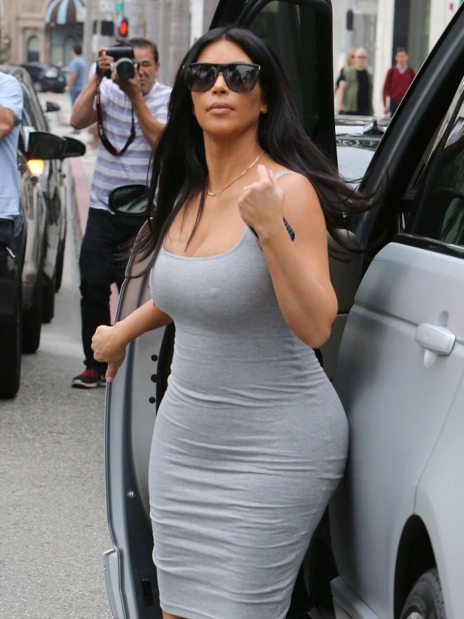 Kim Kardashian – Shopping in Beverly Hills