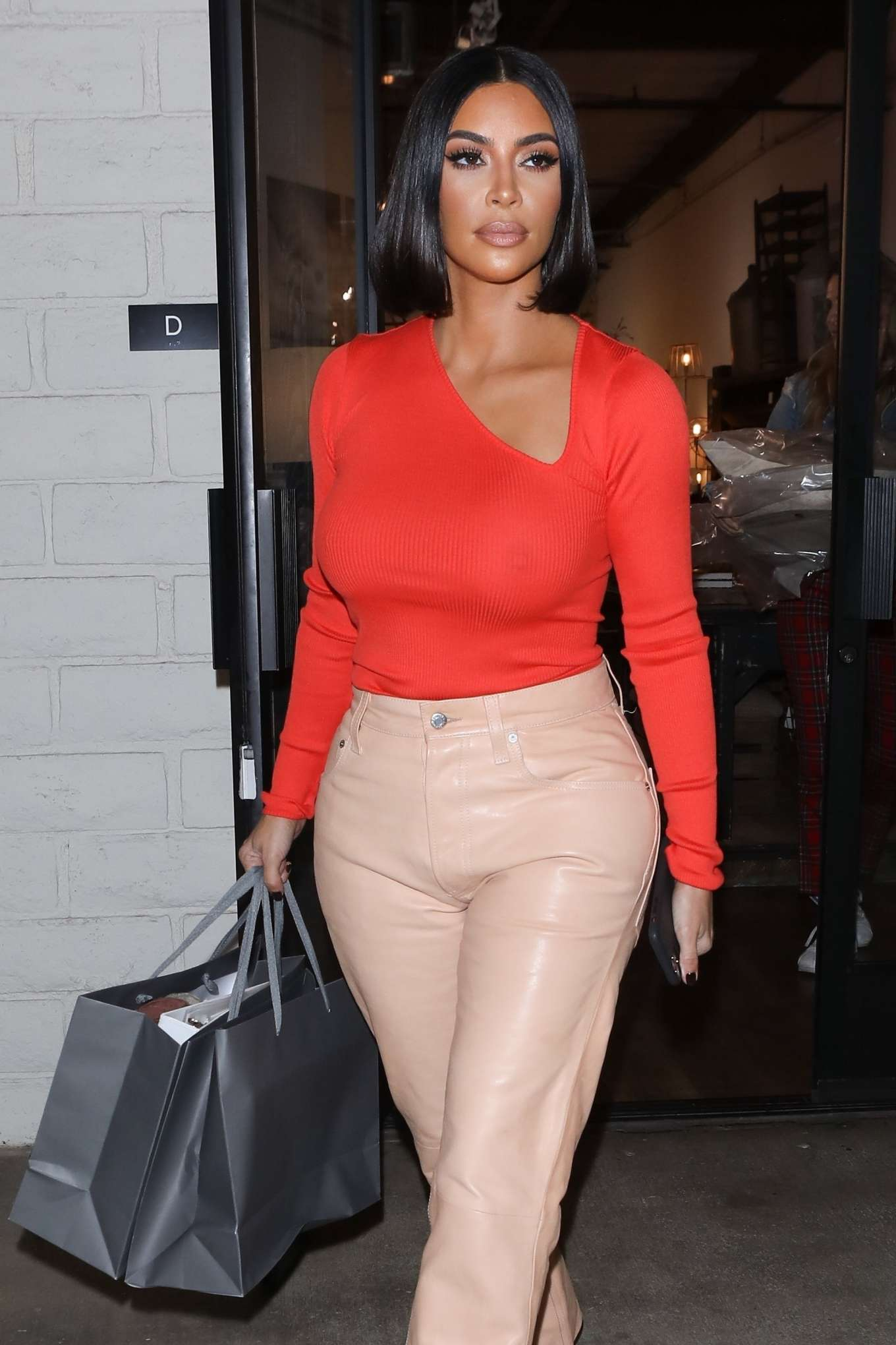 Kim Kardashian - shows off her style at A Beautiful Mess in Agoura Hills