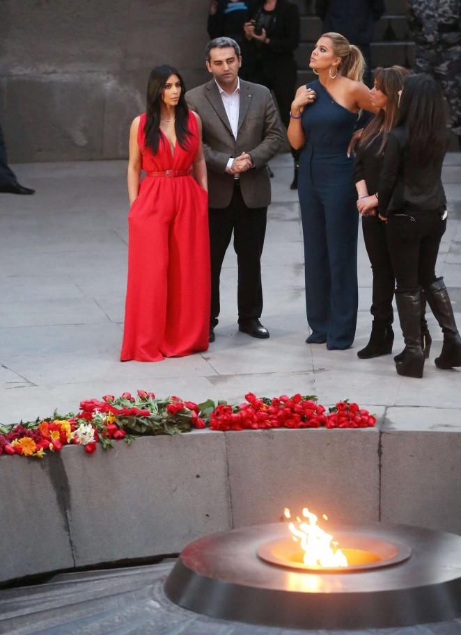 Kim Kardashian: Visiting the Armenian Genocide Memorial -11
