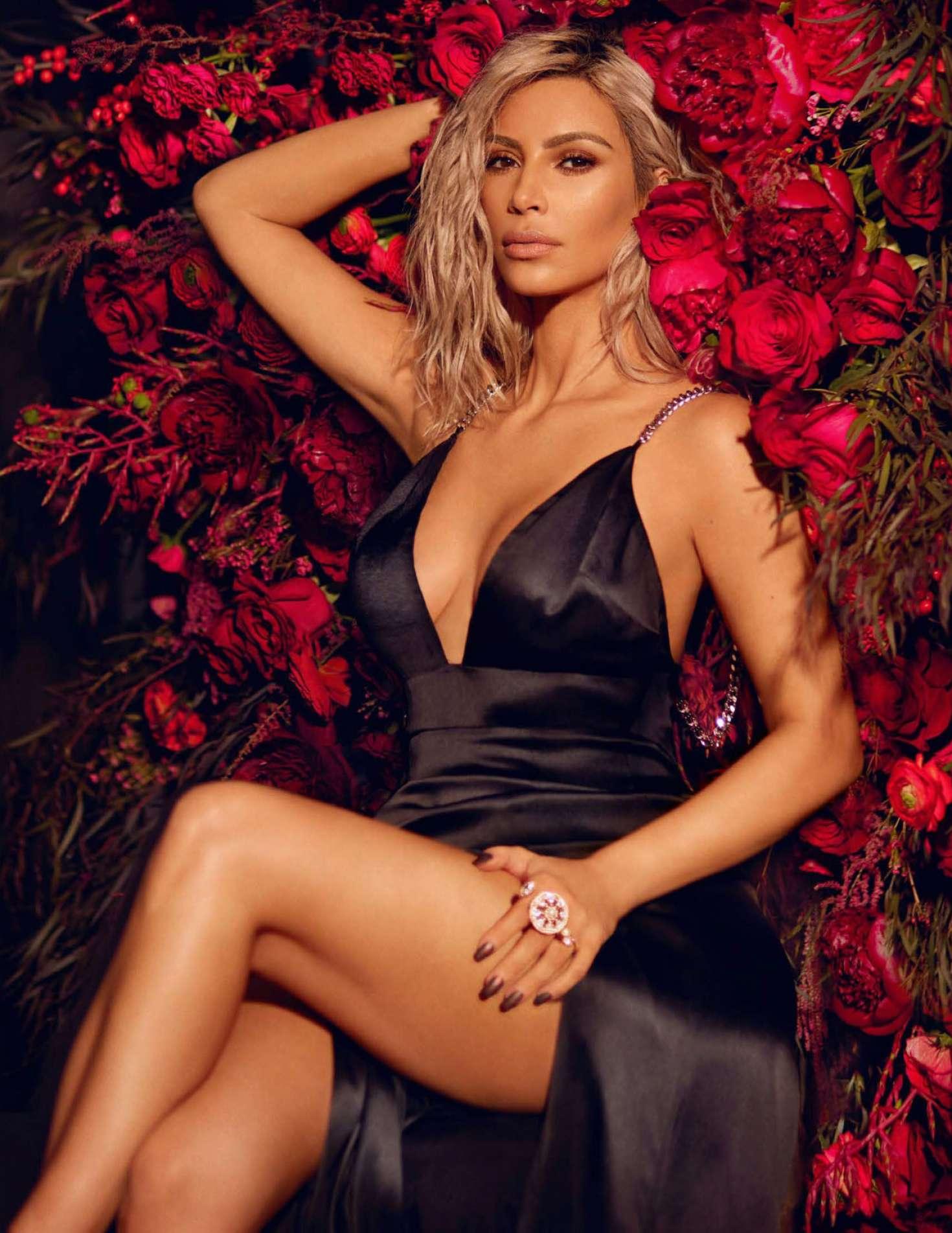 Kim Kardashian 2018 : Kim Kardashian: Vogue India 2018 adds -26