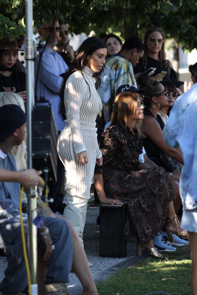 Kim Kardashian: Yeezy Show 2016 -06