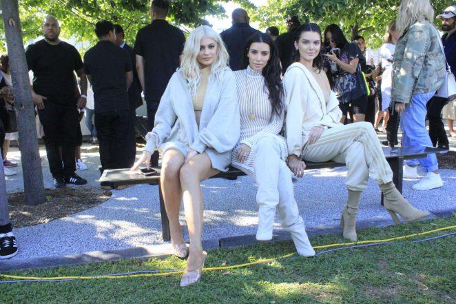 Kim Kardashian: Yeezy Show 2016 -10